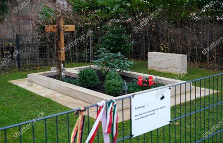 Stock Picture of A view of the grave of late former German chancellor Helmut Kohl, in Speyer, Germany, 12 December 2019. Helmut Kohl, widely regarded as the father of German reunification in 1990, died on 16 June 2017 at his home in Ludwighshafen, Germany. He was the sixth chancellor of the Federal Republic of Germany from 1982 to 1998.
