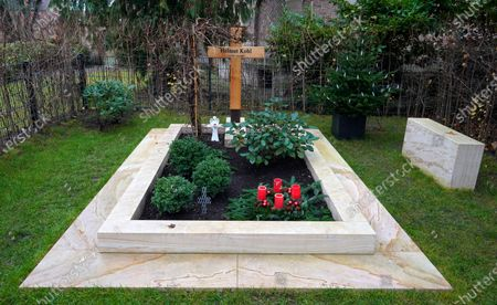 A view of the grave of late former German chancellor Helmut Kohl, in Speyer, Germany, 12 December 2019. Helmut Kohl, widely regarded as the father of German reunification in 1990, died on 16 June 2017 at his home in Ludwighshafen, Germany. He was the sixth chancellor of the Federal Republic of Germany from 1982 to 1998.
