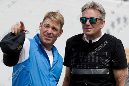 Shane Warne and Sam Newman during round 2 of The Presidents Cup