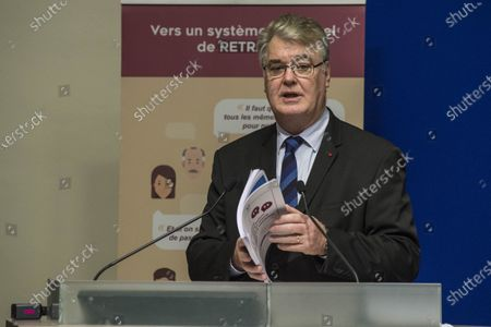 Jean-Paul Delevoye presents the conclusions of the consultation on the universal pension system to trade union and employer organizations