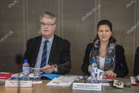 Jean-Paul Delevoye and Agnes Buzyn present the conclusions of the consultation on the universal pension system to trade union and employer organizations