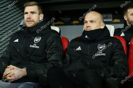 Arsenal Interim Manager Freddie Ljungberg and Assistant Per Mertesacker.