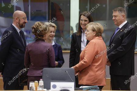Charles Michel, Brigitte Bierlein, Ursula von der Leyen, Sophie Wilmes and Angela Merkel