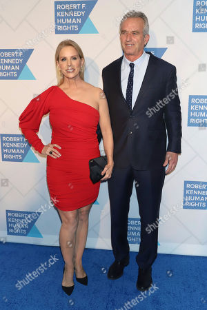 Cheryl Hines, Robert F. Kennedy, Jr. Cheryl Hines and Robert F. Kennedy, Jr. attend the 2019 Robert F. Kennedy Human Rights Ripple of Hope Awards at the New York Hilton Midtown on Thursday, Dec.12, 2019, in New York