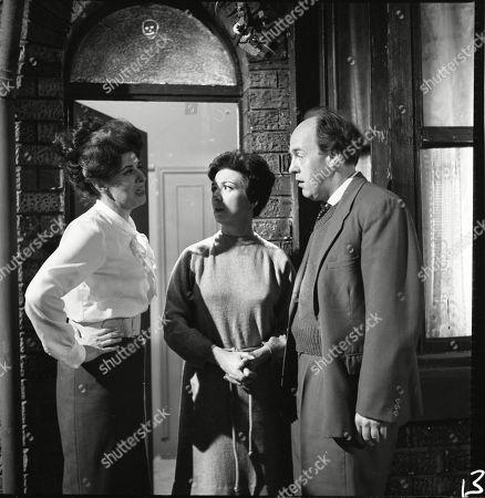 Pat Phoenix (as Elsie Tanner), Joan Francis (as Dot Greenhalgh) and Derek Benfield (as Walter Greenhalgh)