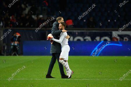 Thomas Tuchel and Neymar Jr celebrate