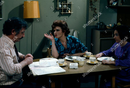 Alan Browning (as Alan Howard), Pat Phoenix (as Elsie Howard) and Jennifer Moss (as Lucille Hewitt)