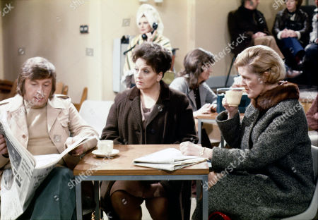 Residents are evacuated to the Community Centre due to a large water pipe leak in the street. Kenneth Farrington (as Billy Walker), Betty Driver (as Betty Turpin), Pat Phoenix (as Elsie Howard), Diana Davies (as Norma Ford) and Irene Sutcliffe (as Maggie Clegg)