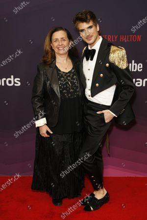 Susanne Daniels, Joey Graceffa