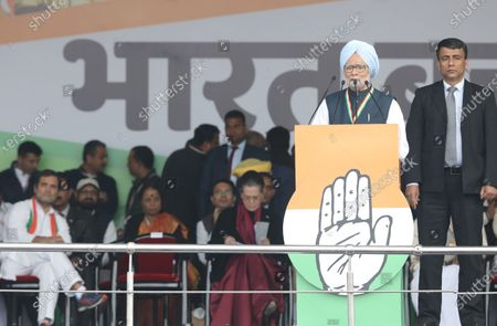 Former Prime Minister of India Manmohan Singh (2-R) speaks during the anti-government Bharat Bachao (Save India) rally at Ramlila Maidan in New Delhi, India, 14 December 2019.