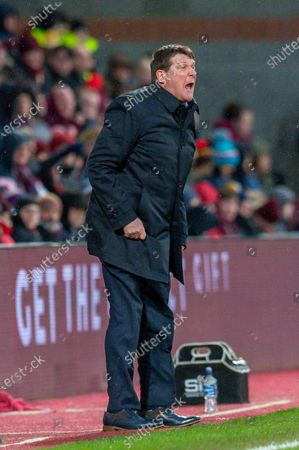 Tommy Wright, manager of St Johnstone FC screams at his players during the Ladbrokes Scottish Premiership match between Heart of Midlothian FC and St Johnstone FC at Tynecastle Park, Edinburgh