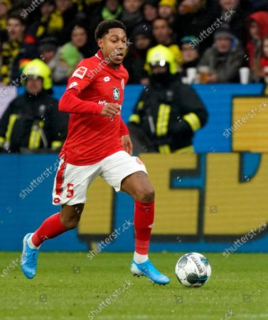 Stock Photo of Jean-Paul Boetius of Mainz in action during the German Bundesliga soccer match between 1. FSV Mainz 05 and Borussia Dortmund in Mainz, Germany, 14 December 2019.  EPA-EFE/RONALD WITTEK CONDITIONS - ATTENTION: The DFL regulations prohibit any use of photographs as image sequences and/or quasi-video.