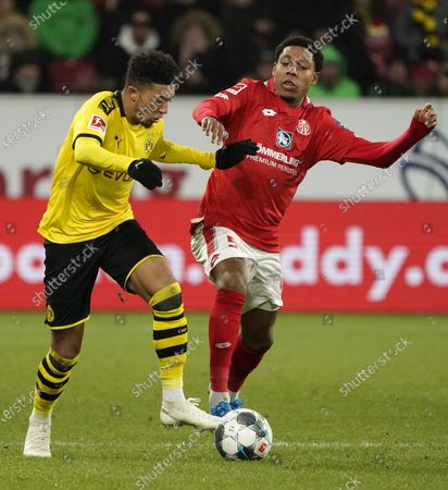 Stock Image of Jean-Paul Boetius of Mainz (R) in action against Jadon Sancho of Dortmund during the German Bundesliga soccer match between 1. FSV Mainz 05 and Borussia Dortmund in Mainz, Germany, 14 December 2019.  EPA-EFE/RONALD WITTEK CONDITIONS - ATTENTION: The DFL regulations prohibit any use of photographs as image sequences and/or quasi-video.