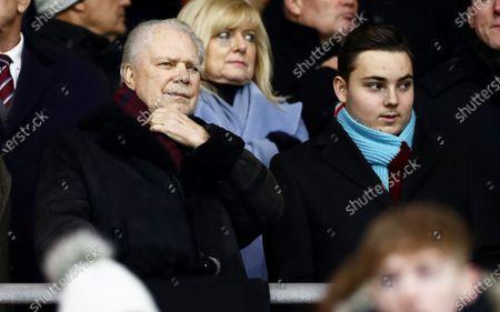 West Ham Owner David Gold with Jack Sullivan.