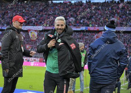 14.12.2019, Football 1. Bundesliga 2019/2020, 15. match day, FC Bayern Muenchen - SV Werder Bremen, in Allianz-Arena Muenchen. Claudio Pizarro (SV Werder Bremen) gut gelaunt.