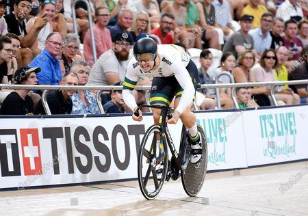 Australia's Matthew Glaetzer races in the men's sprint semifinal event at the Anna Meares Velodrome in Brisbane, Australia, 15 December 2019.