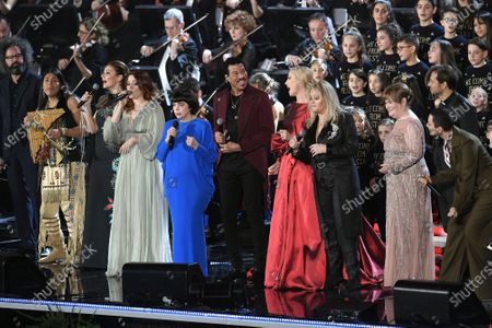 Simone Cristicchi, Leo Rojas, Alma Manera, Noemi, Mireille Mathieu, Lionel Richie, Federica Panicucci, Bonnye Tyler, Susan Boyle and Arisa perform in the Paul VI Hall at the Vatican during the Christmas concert