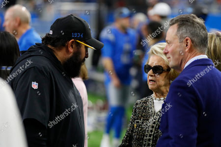 Detroit Lions head coach Matt Patricia, left, talks with team owner Martha Ford during pregame of an NFL football game, in Detroit