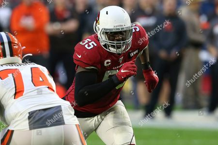 Arizona Cardinals linebacker Chandler Jones (55) against the Cleveland Browns during the second half of an NFL football game, in Glendale, Ariz. The Cardinals won 38-24