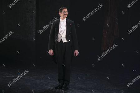 Adam Cooper (Boris Lermontov) during the curtain call