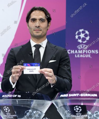 Turkish soccer player Hamit Altintop shows the lot of Spain's soccer club Valencia CF during the UEFA Champions League 2019/20 round of 16 draw ceremony at the UEFA Headquarters in Nyon, Switzerland, 16 December 2019.