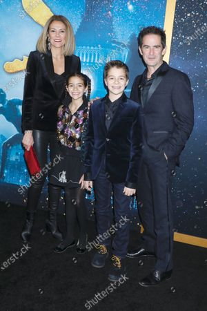 Andy Blankenbuehler (R) and family