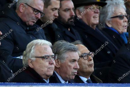 Everton manager Carlo Ancelotti sits alongside Bill Kenwright and Farhad Moshiri