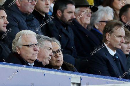 Everton manager Carlo Ancelotti next to Bill Kenwright and Farhad Moshiri i the directors box