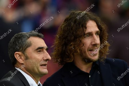 FC Barcelona head coach Ernesto Valverde with Carles Puyol