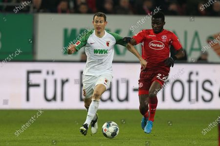 , and Stephan Lichtsteiner #2 (FC Augsburg) and Nana Ampomah #27 (Fortuna Duesseldorf), FC Augsburg vs. Fortuna Duesseldorf, Football, 1.Bundesliga, 17.12.2019, DFL REGULATIONS PROHIBIT ANY USE OF PHOTOGRAPHS AS IMAGE SEQUENCES AND/OR QUASI-VIDEO