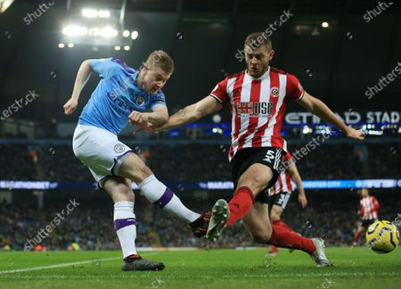 Kevin De Bruyne of Manchester City and Jack O'Connell of Sheffield United