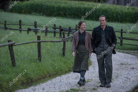 Valerie Pachner as Fani Jägerstätter and August Diehl as Franz Jägerstätter