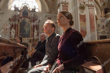 August Diehl as Franz Jägerstätter and Valerie Pachner as Fani Jägerstätter and