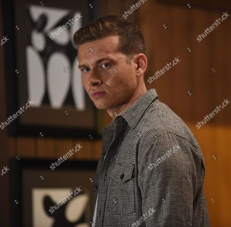 Oliver Stark as Evan 'Buck' Buckley
