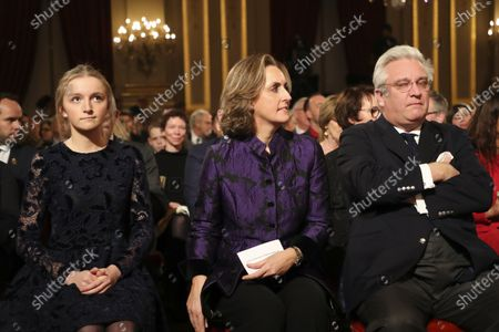 Princess Louise, Princess Claire and Prince Laurent in the Royal Palace