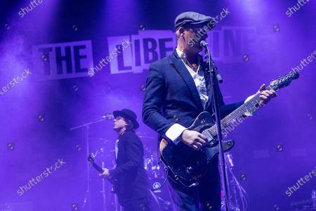 The Libertines - Carl Barat and Pete Doherty