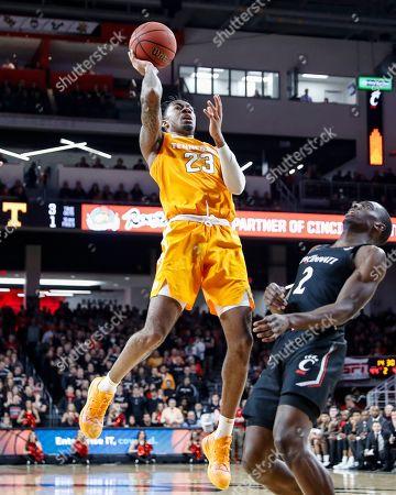 Jordan Bowden, Keith Williams. Tennessee's Jordan Bowden (23) shoots against Cincinnati's Keith Williams (2) during the second half of an NCAA college basketball game, in Cincinnati