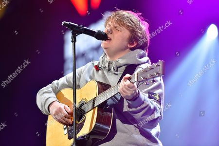 Lewis Capaldi performs during 103.5 KISS FM's Jingle Ball at the Allstate Arena, in Rosemont, Ill