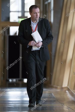 Stock Photo of Neil Findlay makes his way to the Debating Chamber.