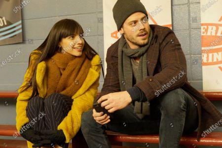 Maria Gabriela de Faria as Cora and Francois Arnaud as Dan Moody