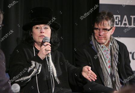 Stock Image of Amy Sherman-Palladino and Daniel Palladino.