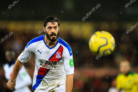 1st January 2020, Carrow Road, Norwich, England; Premier League, Norwich City v Crystal Palace : James Tomkins (5) of Crystal Palace eyes the ballCredit: Georgie Kerr/News Images