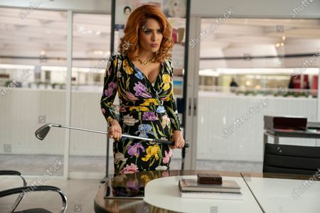 Salma Hayek as Claire Luna