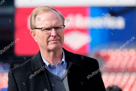 New York Giants owner John Mara looks on prior to an NFL football game between the Washington Redskins and the Giants, in Landover, Md