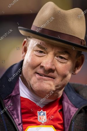 Chicago, Illinois, U.S. - Actor and Chiefs fan David Koechner walks the sidelines before during the NFL Game between the Kansas City Chiefs and Chicago Bears at Soldier Field in Chicago, IL. Photographer: Mike Wulf