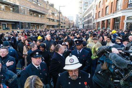 Crowds of members and family of the London Fire Brigade gathered to greet London Fire Commissioner (LFC), Dany Cotton on her final day in office. Hundreds of firefighters lined Union Street in London today to provide a Guard of Honour on the final day in office for London Fire Commissioner, Danny Cotton.