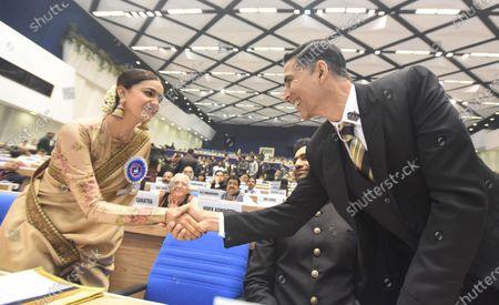 Actor Keerthy Suresh meets Akshay Kumar