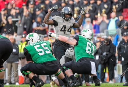 Tampa, FL, U.S: UCF linebacker Nate Evans (44) during 1st half of the Bad Boy Mowers Gasparilla Bowl between UCF Knights and the Marshall Thundering Herd at Raymond James Stadium in Tampa, FL