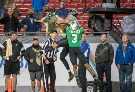 Tampa, FL, U.S: Marshall defensive back Chris Jackson (3) defends UCF wide receiver Jacob Harris (87) in the endzone during 2nd half of the Bad Boy Mowers Gasparilla Bowl between UCF Knights and the Marshall Thundering Herd. Central Florida defeated -25 at Raymond James Stadium in Tampa, FL
