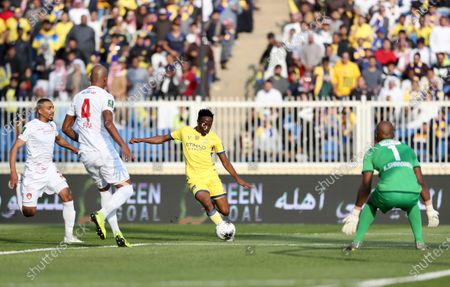 Al-Nassr's Ahmed Musa (C) in action during the Round 16 of the King's Cup match between Damac and Al-Nassr at Abha Sports City Stadium, Abha, Saudi Arabia, 24 December 2019.